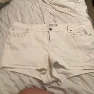 White torrid short shorts